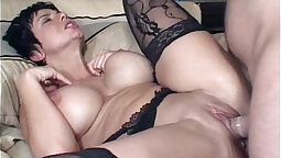 milf built for blowjob and fucking