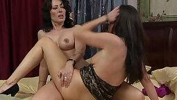 Chocolate lesbian dildo sex doggy fucking