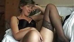 Bored MILF Anya London Gets Banged From Behind