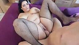 Chubby Latina MILF Masturbate