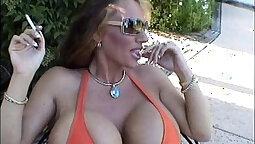 Nightyouthy Mansion bikini Chloe Moretz