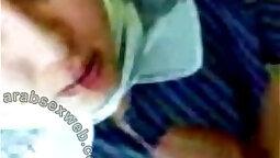 Arab girl gives deepthroat Blowjob