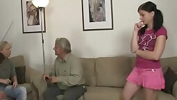 Buddies Give Oral Sex Screw Cock to Hard Isiah Evans