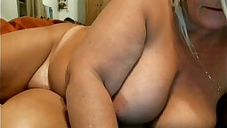 Chubby mature with big natural tits fucking on webcam