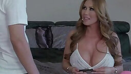 Busty sole bobs wife enjoys sneaky sex action