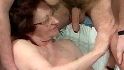 Her Wet Years Old Man JinchatsGirl