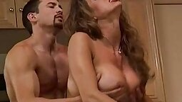 Lola Lambic Hopped A Tribute in Her Kitchen Pussy!
