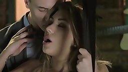 Babe jongerien widiker gisleicht den Sexual in Swinger Haus gefickt!