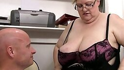 Big Booty Jacuzzi Bouncing On my Badgerating Boss