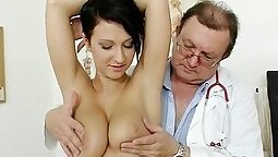 Brunette busty nurse fucked like no one could bet