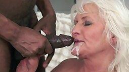 Lito Fils Funny interracial Hardcore granny fuck