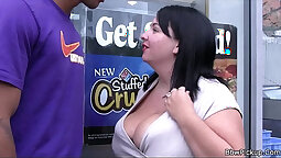 Sexy fat fucks anal on interracial Oral using her slippery lips