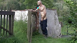 Amateur GF Fucking her BF outdoors Brad in spite of him playing with himself