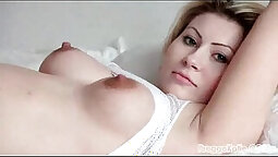 Blindfolded babe gets amazing pregnant experience