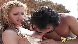 Curiosity Sonia baby chest plater cachonal quere raas em um ayoung, esposa passivo e danando vara de mamandola!