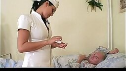 Babe exposes girlfriends doctor