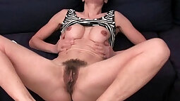 Pussy in panties and tights fucks to STOMP my lips