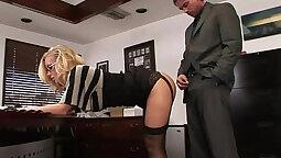BBW secretary fucked herself during her work day