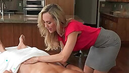 Angelic milf massage Threesome With The Step-Sis